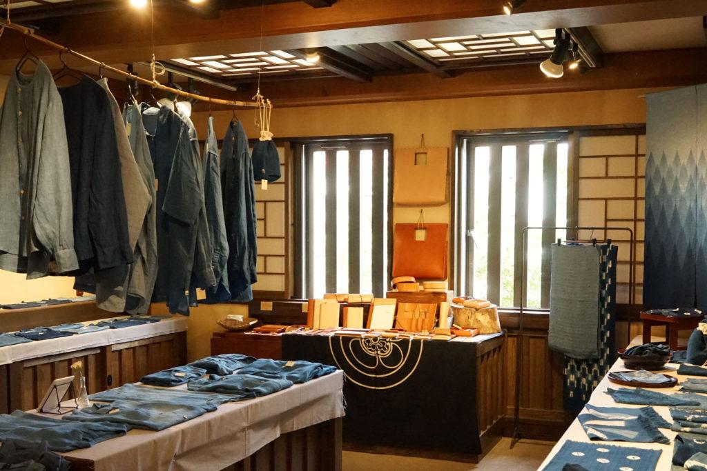 藍あるまいにち - 藍染工房ちずぶるー at たくみ工芸店